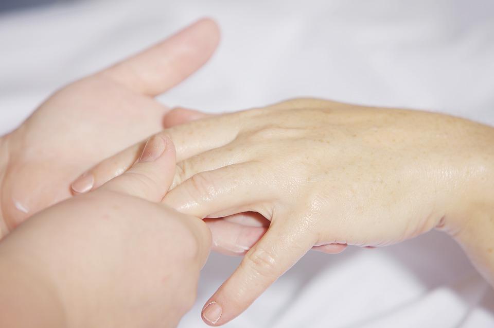Three effects of erotic massage on women´s body